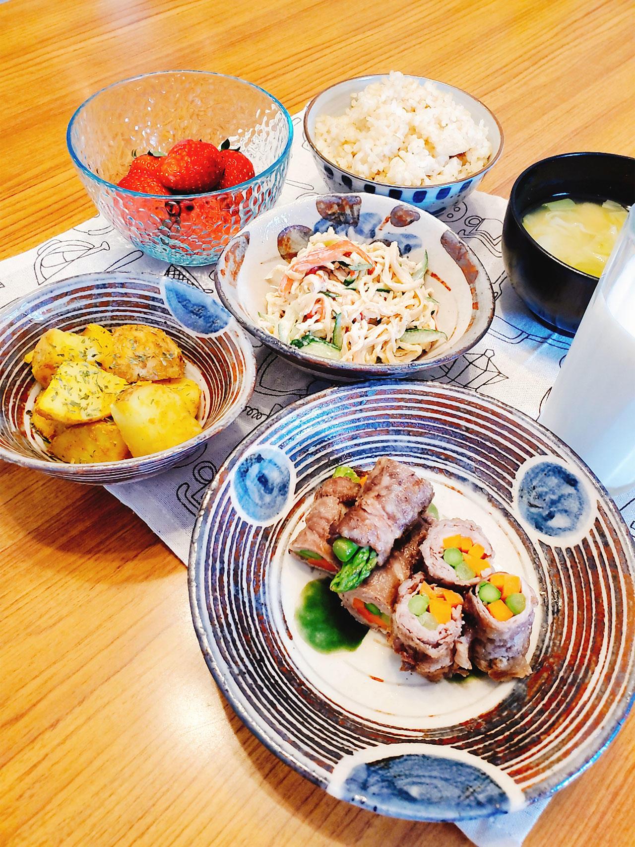 牛肉の野菜巻き(アスパラ、人参)