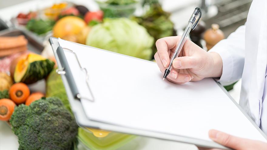 運動誘発性胃腸症状を軽減するための食事管理質問票を作成