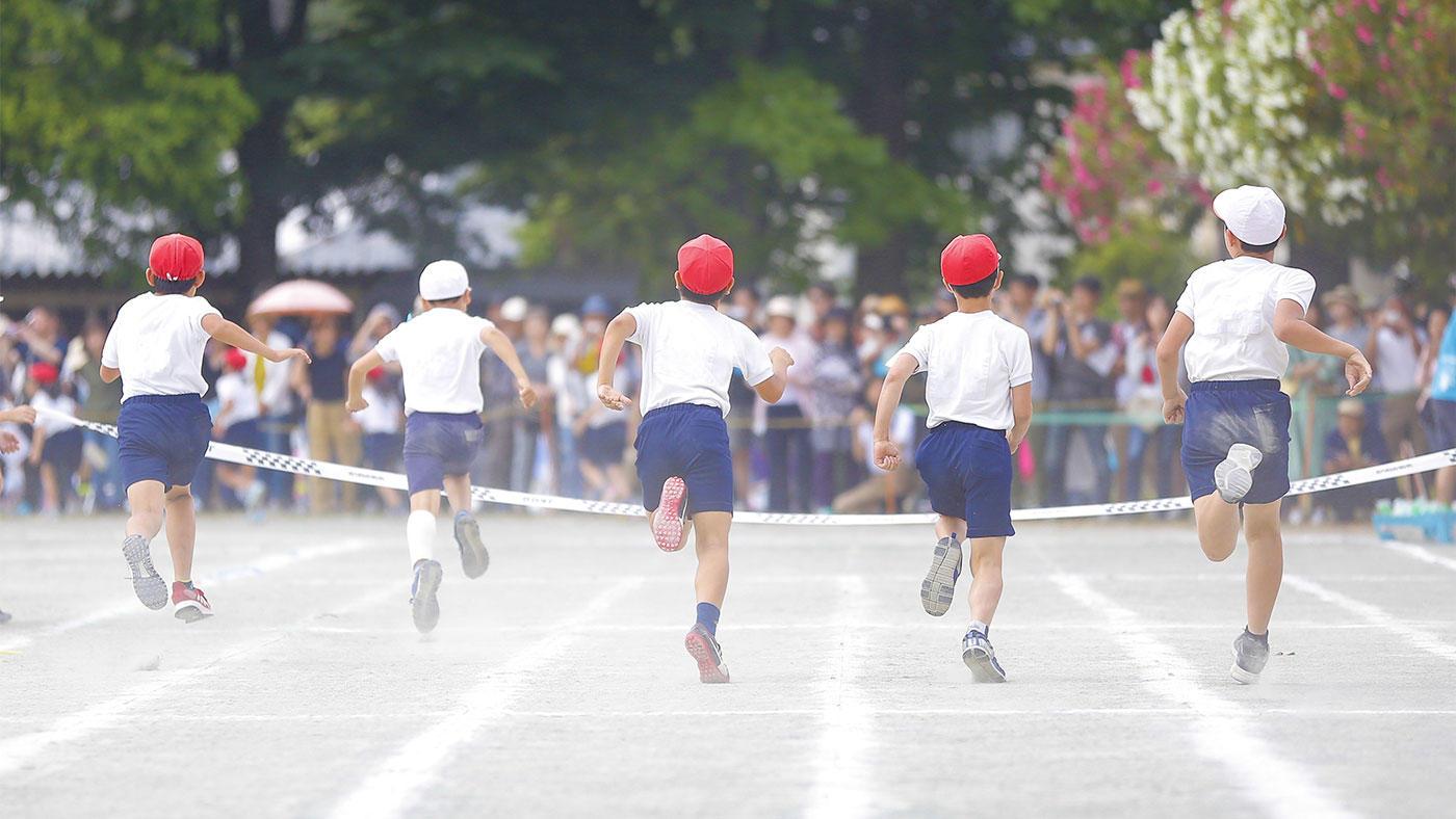 習慣的な運動は子どもの脳の発達を促す、もともとの認知機能が低い子ほどプラス効果が大きい