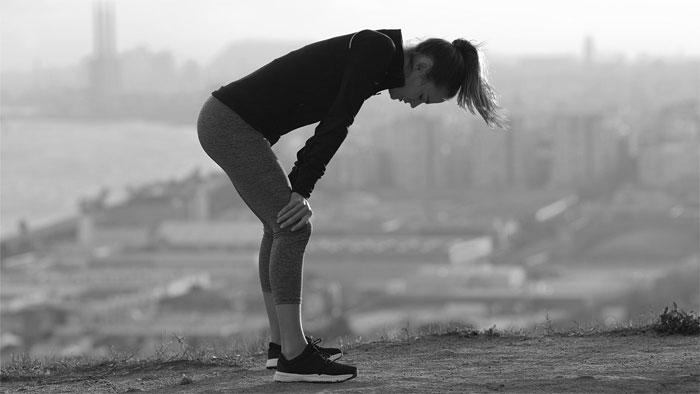 低炭水化物食など特定の食事スタイルと、女性アスリートの摂食障害のリスクに関連あり