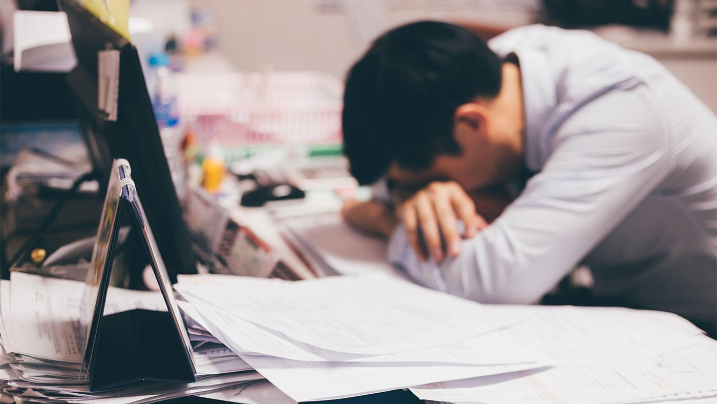 日本人労働者では、座位時間を睡眠に充てるとメンタル不調になる可能性が低下 体力医学研究所