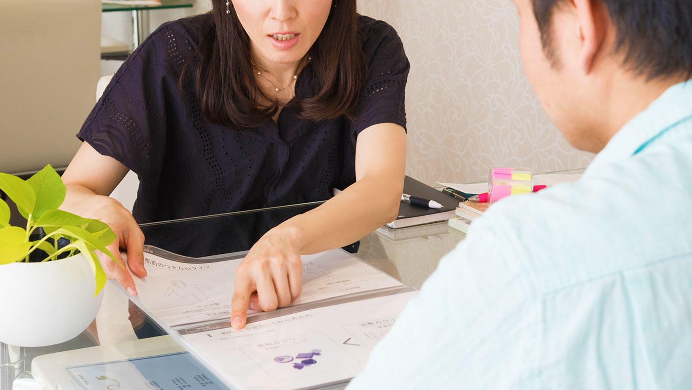 個別栄養指導が集団指導より効果的 RCT対象のシステマティックレビューのエビデンス