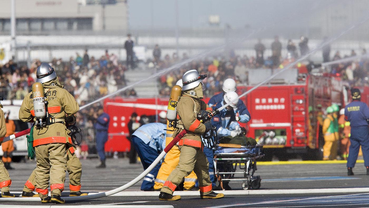 暑さ+睡眠不足+体力消耗で間食摂取が増える? 消防士の山火事消火シミュレーションで検討
