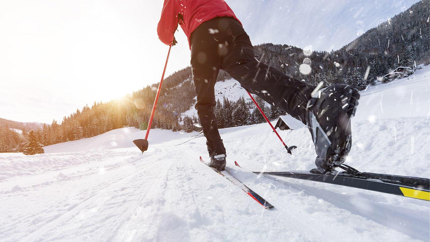 極寒の野外訓練演習中、身体エネルギー収支は大幅なマイナス