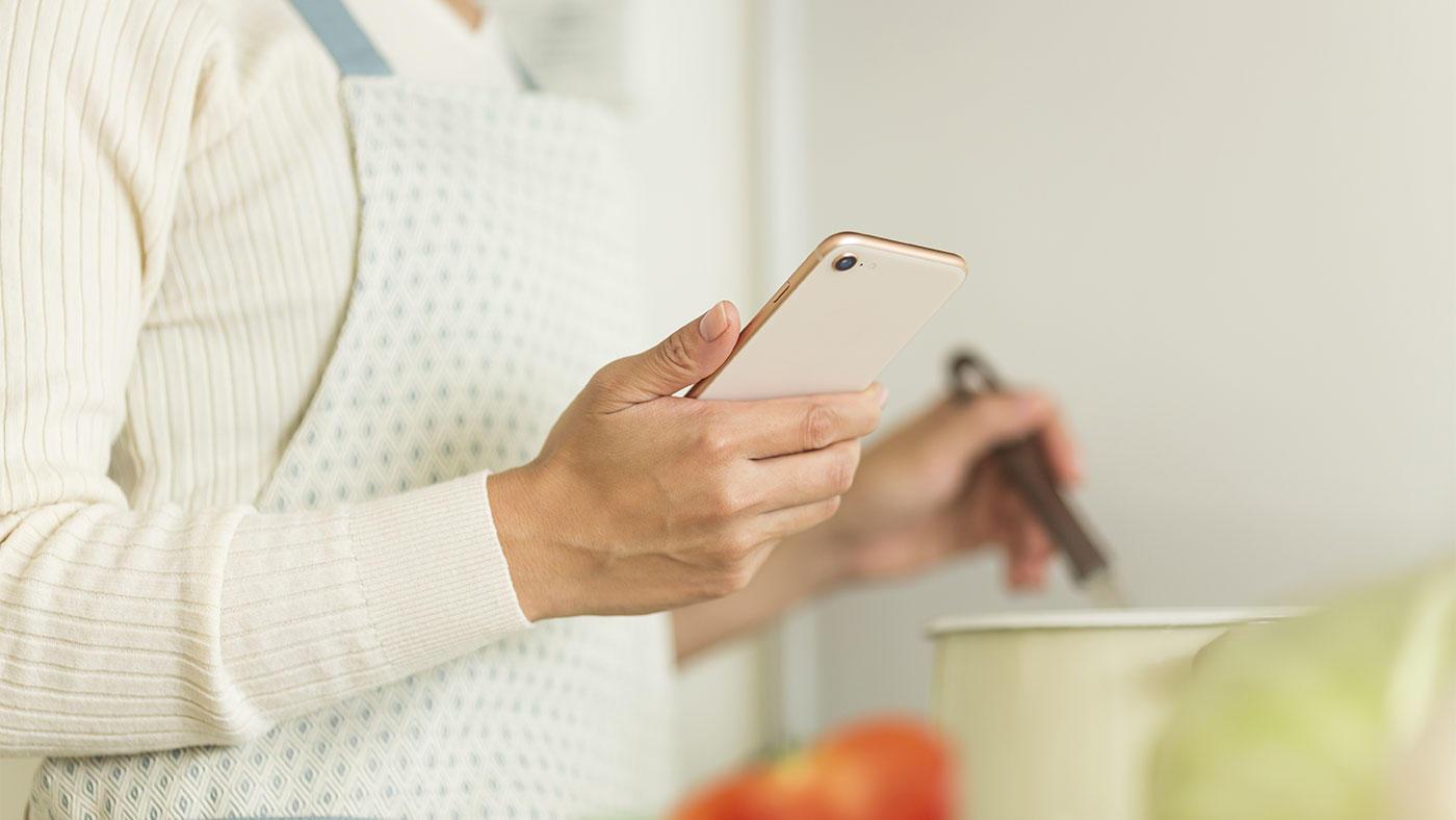 令和元年 国民健康・栄養調査(2)外食・中食・健康食品の利用状況、情報入手ツール