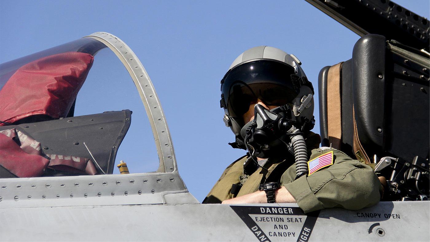HMBやルテイン等を含むサプリで米国空軍パイロットの身体・認知パフォーマンスが向上