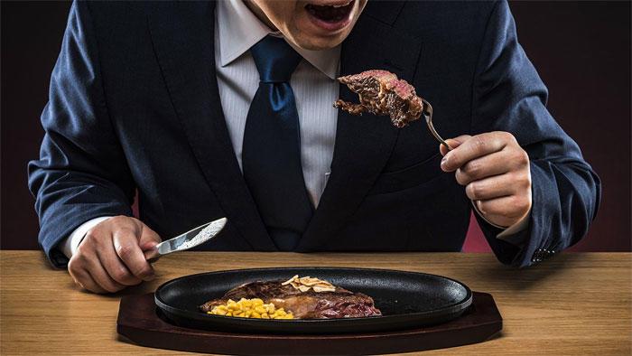 加工肉は死亡リスクと相関するが、赤身肉は相関しない 21カ国13万5千人の調査