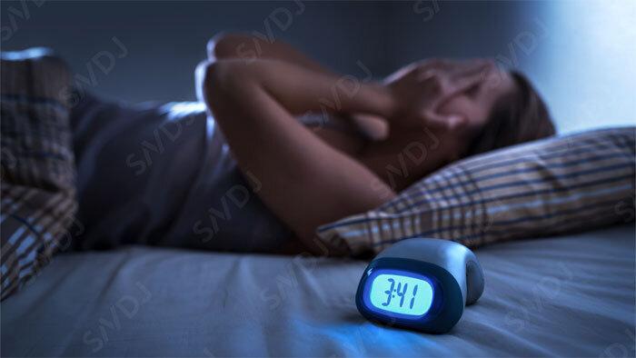 栄養で睡眠をサポートする オーストラリア男子プロサッカー選手対象研究からのヒント