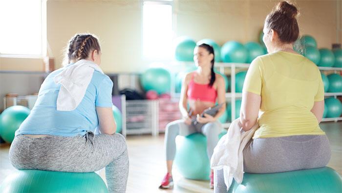 有酸素運動+ビタミンDで肥満女性の筋肉痛が改善しQOLが向上する
