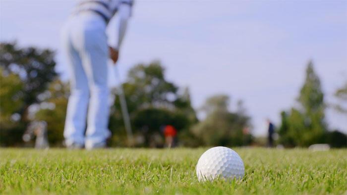 ゴルフによる身体活動のメリットはラウンド後のアルコール摂取で相殺される!?